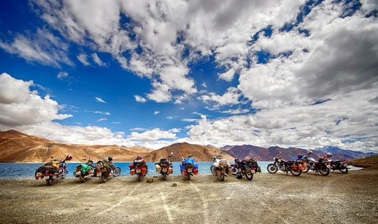 Motor-Biking Timeless in Ladakh