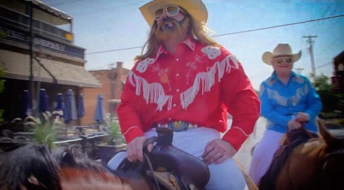 Old Town Road Remix – Lil Nas X feat Billy Ray Cyrus
